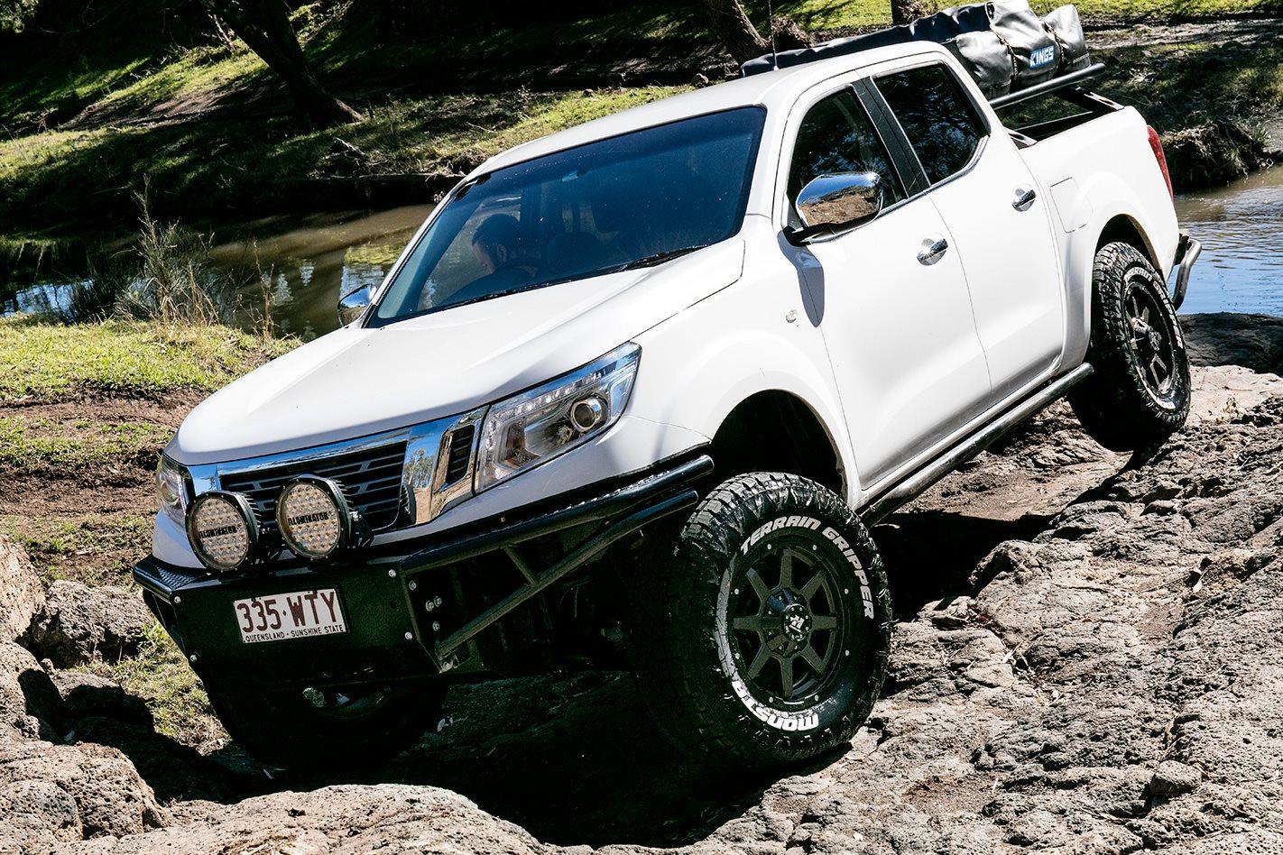 nissan navara np300 review australia