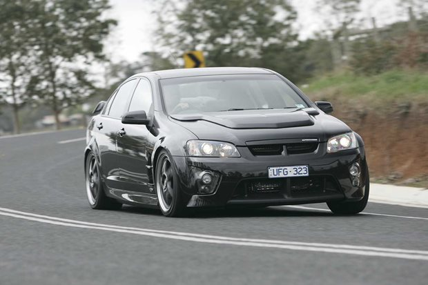 2007 hsv clubsport r8 review