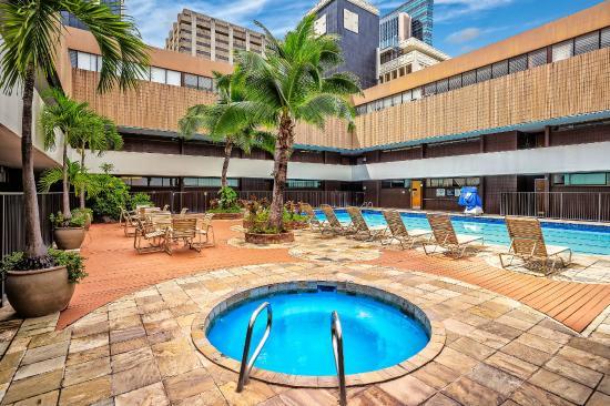 aston at the executive centre hotel reviews