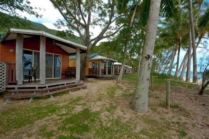 ellis beach oceanfront bungalows reviews