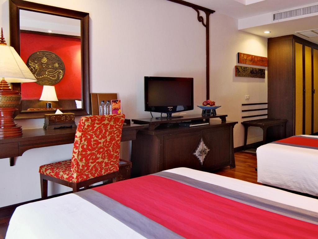 de naga hotel chiang mai review