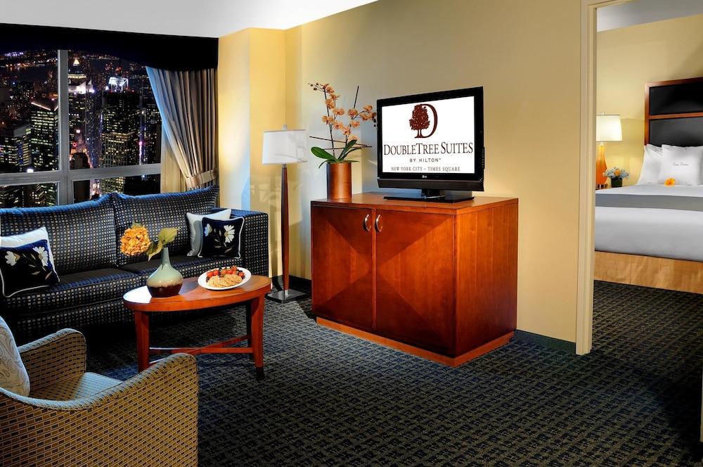 doubletree suites times square reviews