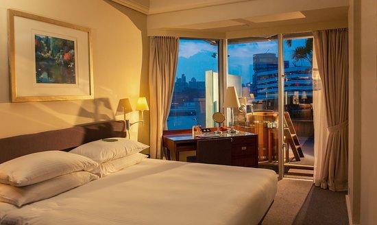 harbor plaza metropolis hong kong review