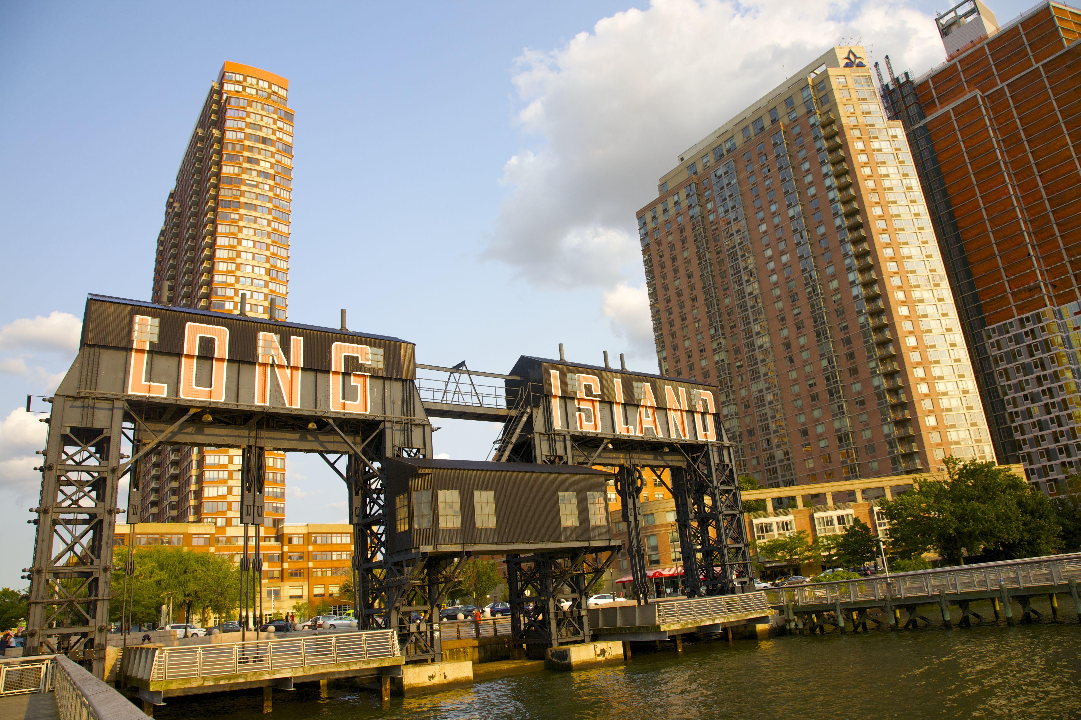 long island city neighborhood review