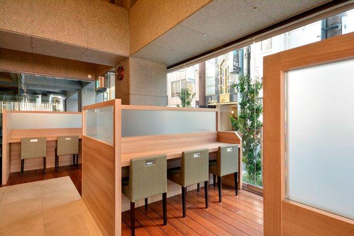 premier hotel cabin shinjuku review