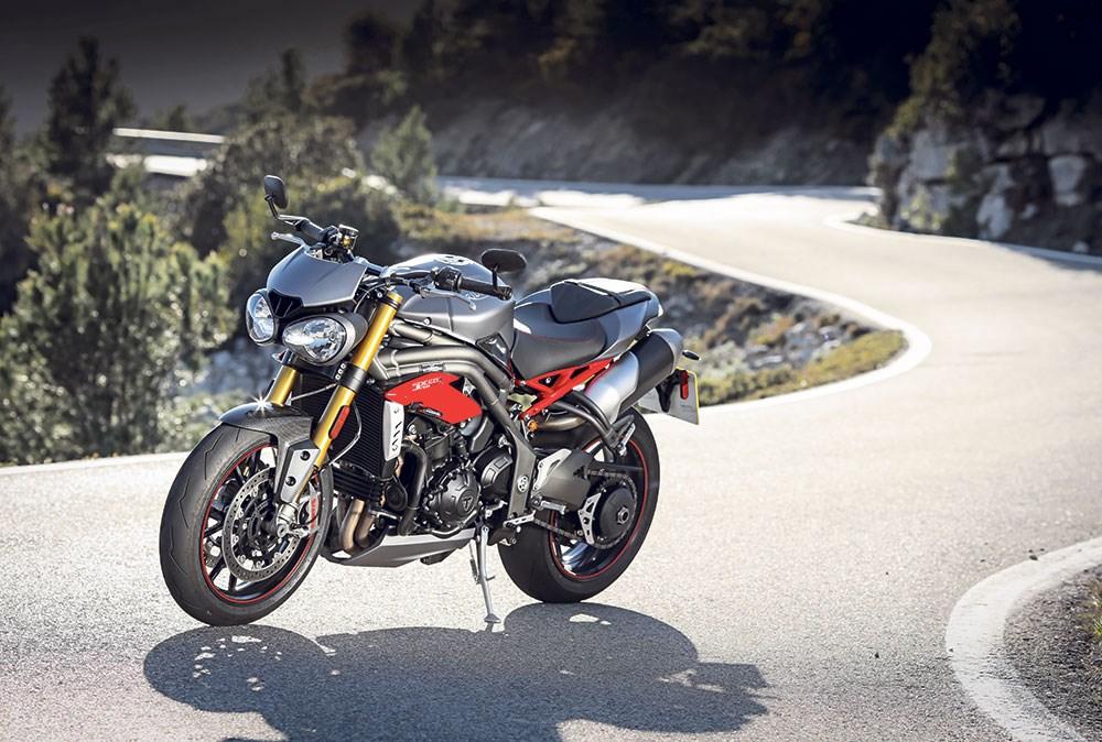 triumph speed triple review 2016